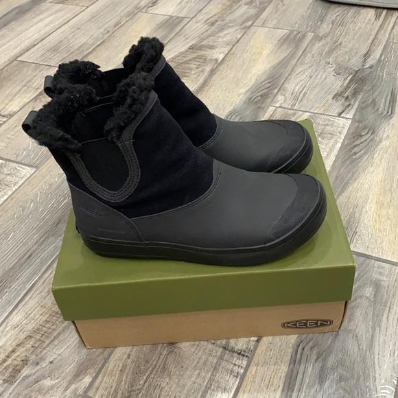Keen waterproof boots.